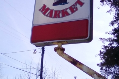 Bethel Market Sign